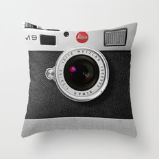 classic retro Black silver Leather vintage camera iPhone 4 4s 5 5c, ipod, ipad case Throw Pillow