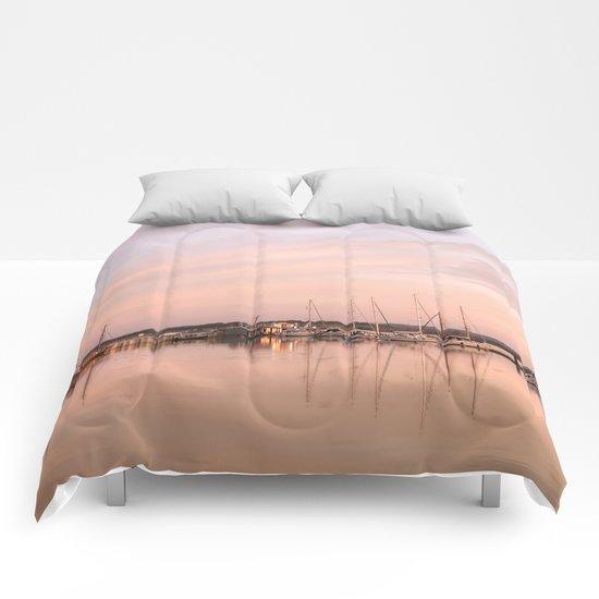 Pink sundown at the sea Comforters