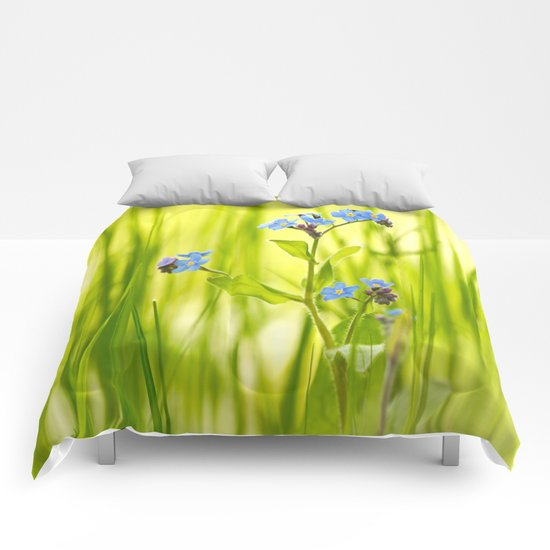 Lovely Morning Meadow Comforters
