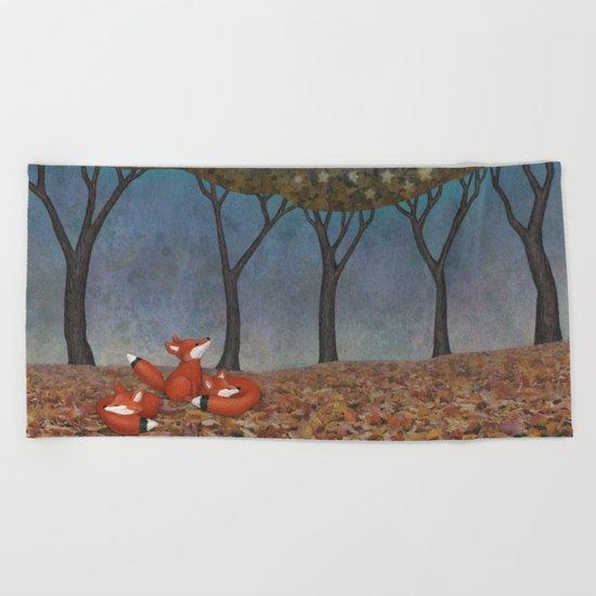 sleepy foxes Beach Towel