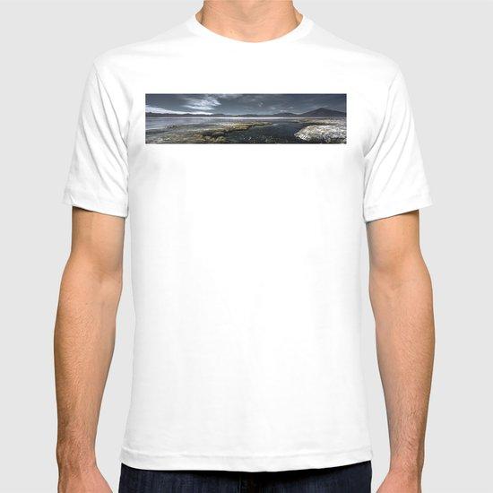 Red lagoon T-shirt