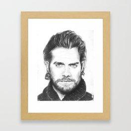 superman...  henry cavill. Framed Art Print