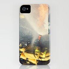 Extinguishing iPhone (4, 4s) Slim Case