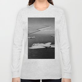 B-17F Flying Fortress Bombers over the Southwest Pacific Long Sleeve T-shirt