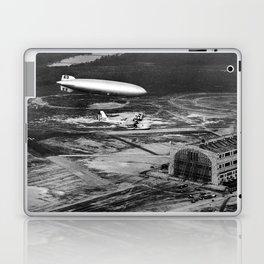 Zeppelin arrival over New Jersey Laptop & iPad Skin