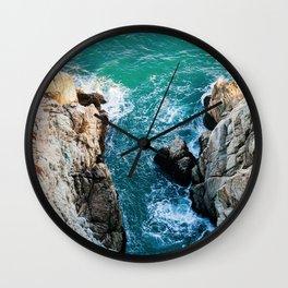 Ocean falaise 5 Wall Clock