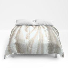 Caryatid Comforters