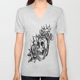 Skull and roses Unisex V-Neck