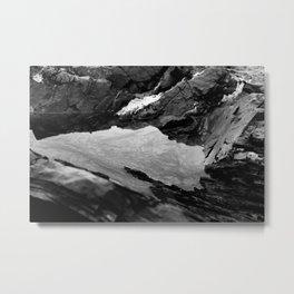 Mirrur Mirrur O2 Metal Print