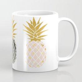 fun pineapple design gold Coffee Mug