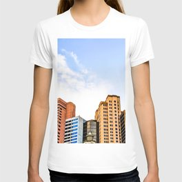 buildings of the New York New York hotel at Las Vegas, USA T-shirt