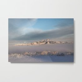 Heart Mountian Winter Fog Metal Print