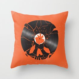 Shaun of the dead Throw Pillow