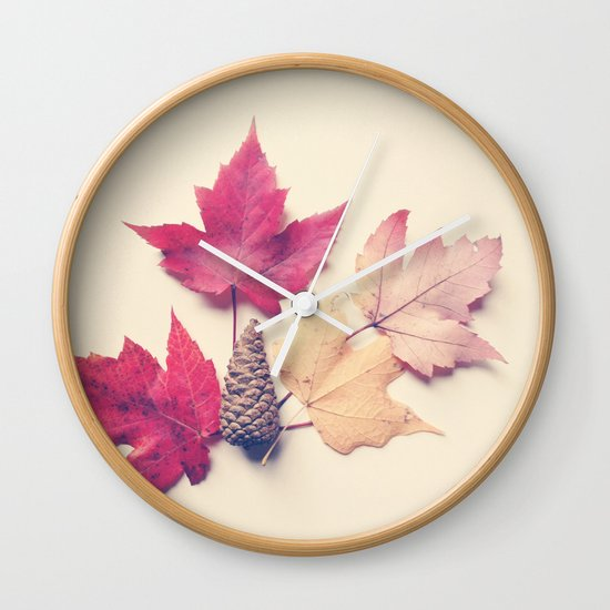 Red Maple Leaf Collection Wall Clock