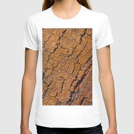 Orange tree bark with rustic wrinkles T-shirt