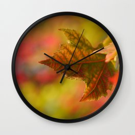 SELECTIVE FOCUS PHOTOGRAPHY OF GREEN LEAF Wall Clock
