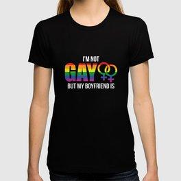 RAINBOW I'M NOT GAY BUT MY BOYFRIEND IS I GIFT T-shirt
