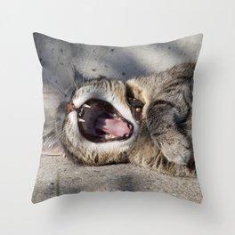 CAT - YAWNING - PHOTOGRAPHY - ANIMALS - CATS Throw Pillow