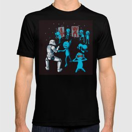 Meeseeks Teaching a Stormtrooper How To Shoot T-shirt