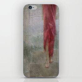 Abajo de mi piel iPhone Skin