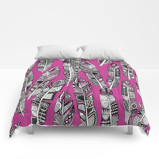 geo feathers hot pink Comforters
