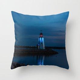 Be a becon of light Throw Pillow
