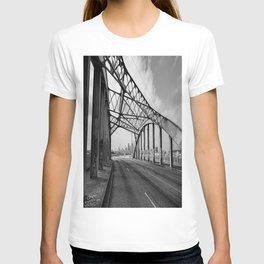 Sixth Street Viaduct Bridge - LA 02/30/2016 T-shirt