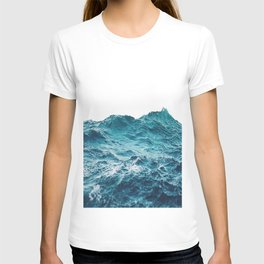 Sea breeze surfs into water T-shirt