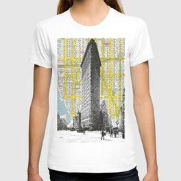 Flatiron Building - NYC Map Background Landmark urban city decor T-shirt