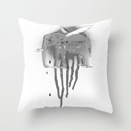 Don't forget to fly Throw Pillow