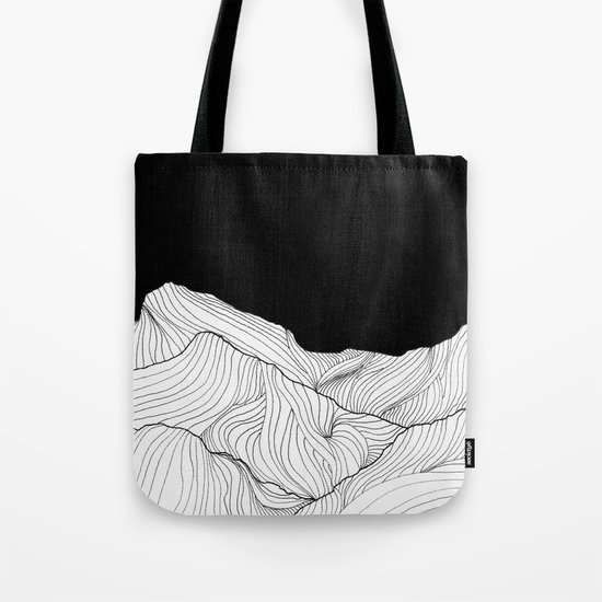 Lines in the mountains - b&w Tote Bag