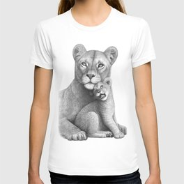 Lioness with a baby T-shirt