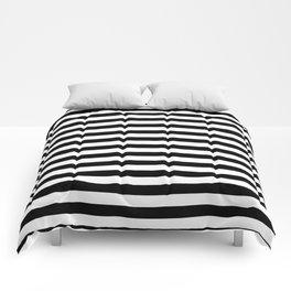 BLACK & WHITE STRIPES - M Comforters
