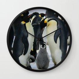 La Pinguin Familia Wall Clock