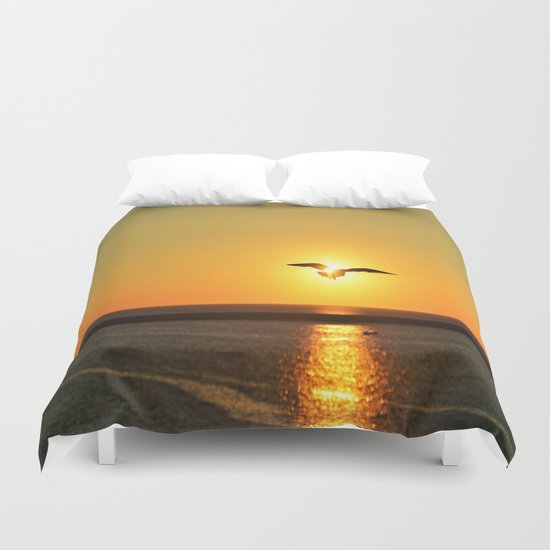 Icarus Vacationing in San Diego, California  Duvet Cover