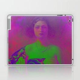 """La Trini"" Version 02 (Covered 2018) Laptop & iPad Skin"
