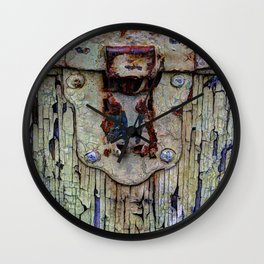 Cracked Vintage Paint Wall Clock