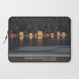 Houses on the Newfound Lake Laptop Sleeve