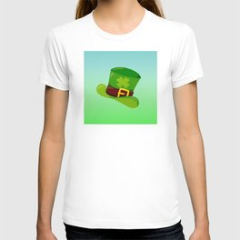 St. Patrick's Day: Leprechaun Hat With Lucky Shamrock T-shirt