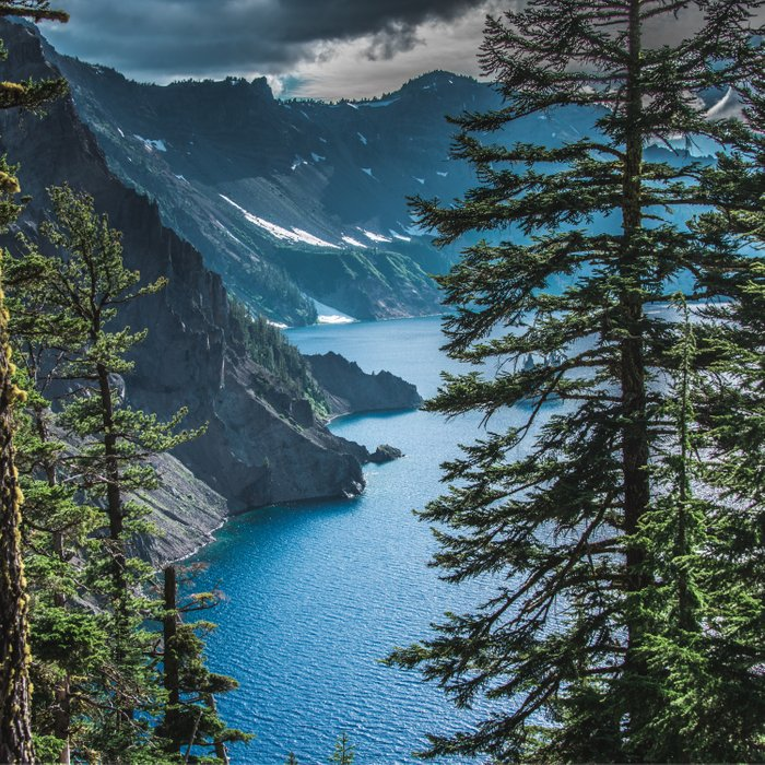 Blue Crater Lake Oregon in Summer Comforters