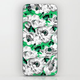 Mount Cook Lily - Green/White iPhone Skin