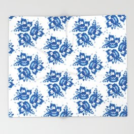 Silhouette of a beautiful horse's head with blue flowers Throw Blanket