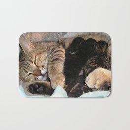 Mother Tabby Cat Suckling Four Newborn Kittens Bath Mat