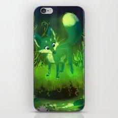Green Fox iPhone & iPod Skin