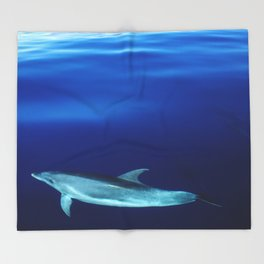 Dolphin and blues Throw Blanket