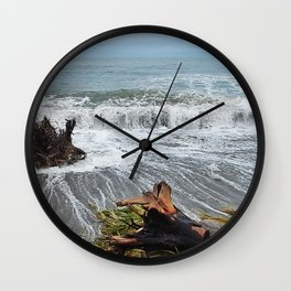 Sea and driftwood mix it up Wall Clock