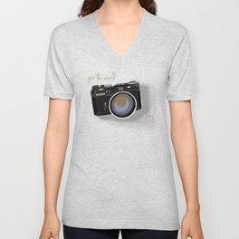 Camera Vintage: see the world in a lens Unisex V-Neck